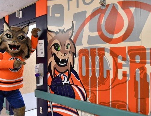 Edmonton Oilers Pediatric Procedure Room